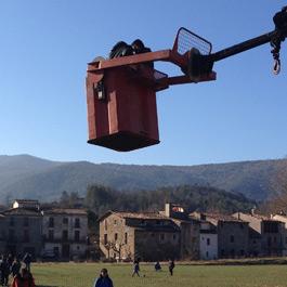 People-carrier basket